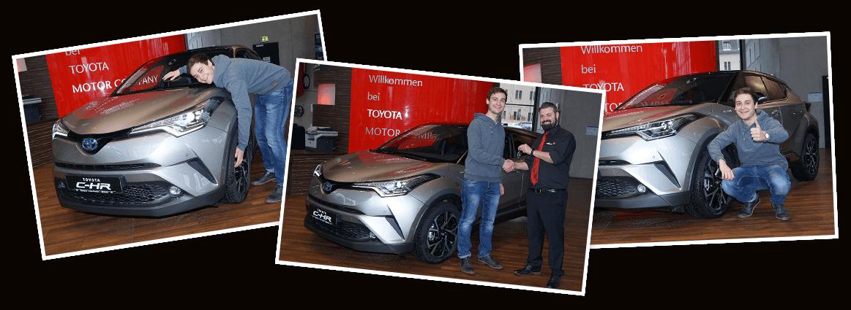 Gewinner Luckas Buschmann nimmt seinen Toyota C-HR entgegen