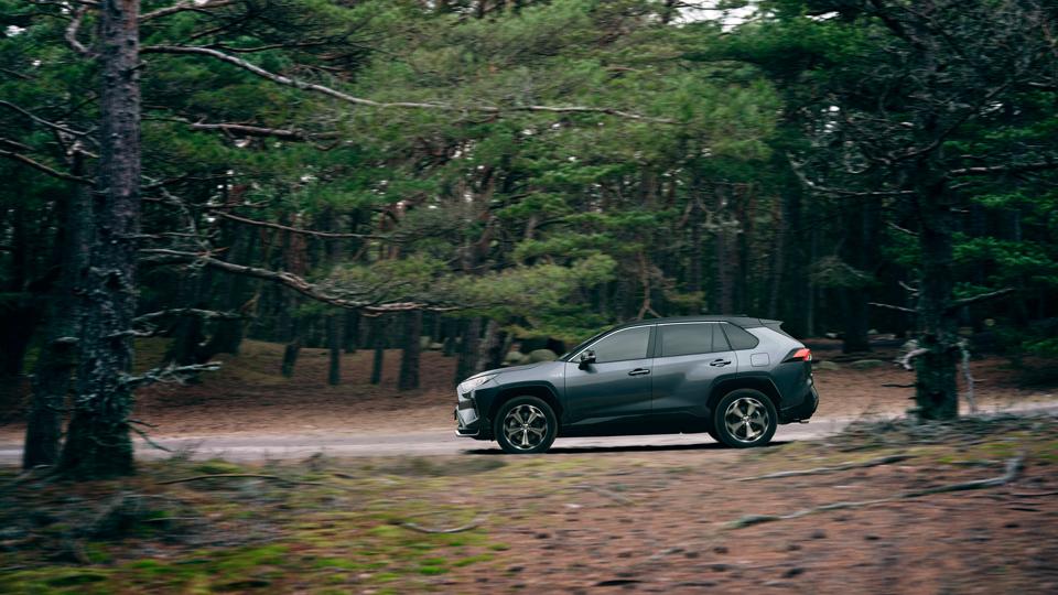 Toyota Header